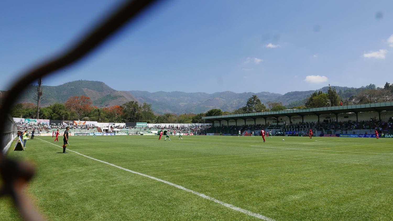 Match in Estadio Pensativo in Antigua Guatemala
