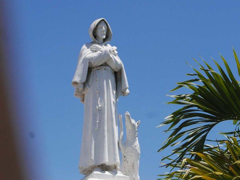 Statue of a monk in Esteli, Nicaragua