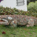 Alligator sculpture in Santo Domingo del Cerro near Antigua