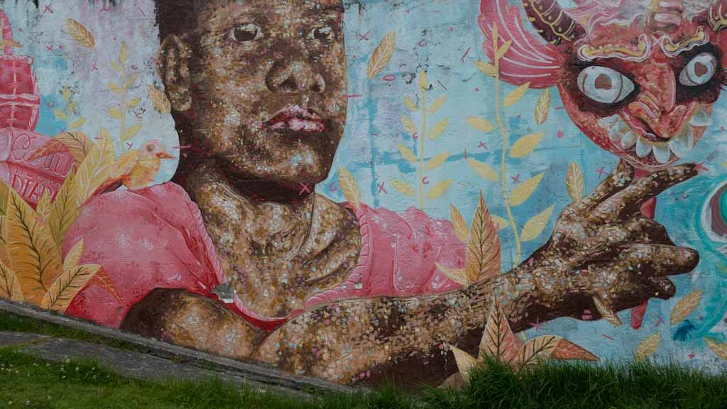 Quito street art: black woman