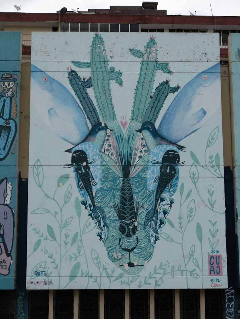 Quito street art: deer